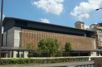 龍谷ミュージアムの外観