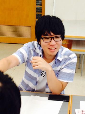 話しやすいお兄さんタイプの堀田さん。早稲田大学 教育学部2年生