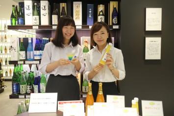 プロジェクトに参加学生の布施さん(左)高野さん(右)