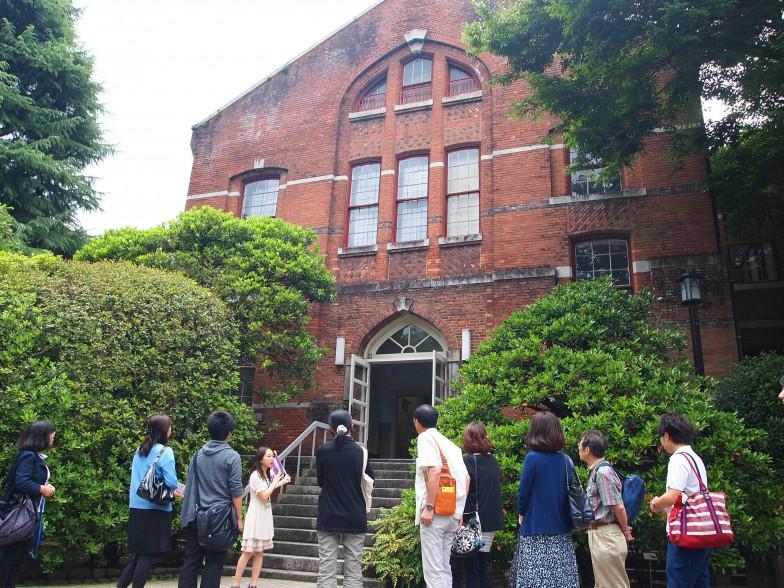 1887(明治20)年竣工の有終館。当時は日本最大の学校図書館で「書籍館」と呼ばれた