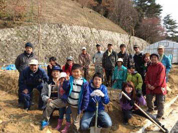 育てる里山プロジェクト。開設に合わせOICの里山エリアに約500本植樹した