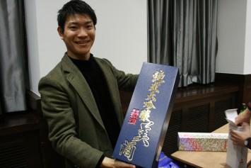 大阪大学日本酒サークルの代表、小山晴己さん(経済学部経済経営学科・3回生)。