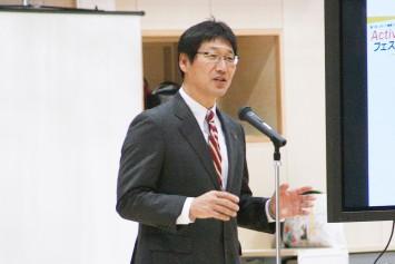 立命館大学スポーツ健康科学部学部長 伊坂忠夫教授