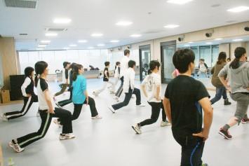 成人以上が対象のダンスエアロビクス