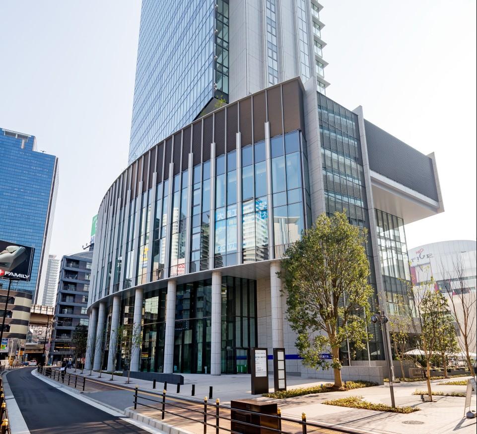 大阪工業大学梅田キャンパス「OIT梅田タワー」外観写真 (1)