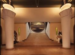 會津八一記念博物館-一階ホール