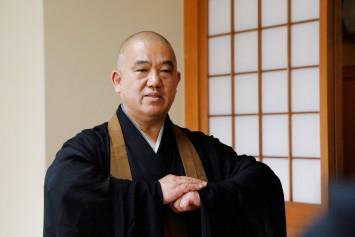 「仏教は特殊な教えではなく、坐禅が厳しい修行でもないんですよ」と熊本先生。