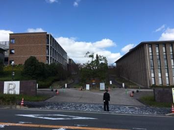 吉田キャンパスとは全く違う雰囲気です。