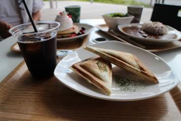 自家製食パンのホットサンド(330円)+ドリンクセット(150円)