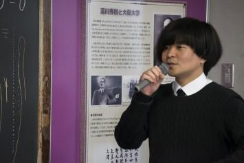 黒板への思いを語る濵崎先生