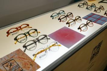 京都精華大学の眼鏡