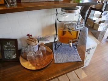 麦茶も高知県産。とことんこだわっています