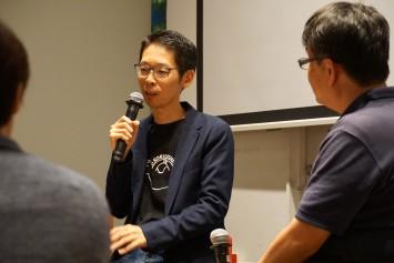 橋本教授のTシャツは「SORIUSHI」。反り牛、そりうし、そりゅうし…