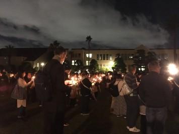 学生や家族連れ、近隣に住む外国人の方などさまざまな人々が集い、ひとときを共にした