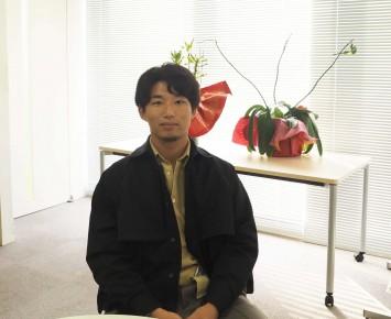 鍋島順一さんは大阪大学出身。ハンドボールプレイヤーでもあり、阪大OBとともに現在も続けているそうです