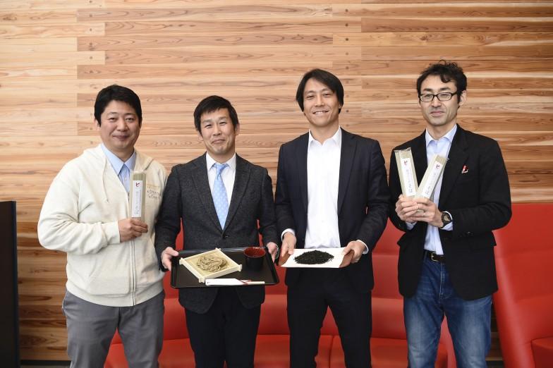 左から古本先生、朝見先生、玉井先生、坂梨先生。