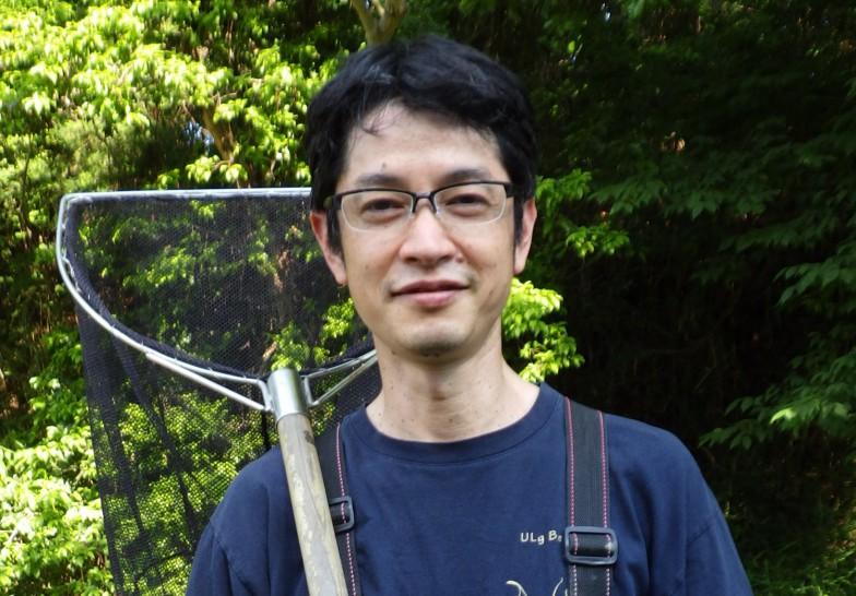 北川忠生先生。専門は保全生物学・分子進化学で、主な研究対象は日本の淡水魚。メダカの遺伝子汚染問題や、後に紹介するニッポンバラタナゴの保全活動などに取り組む