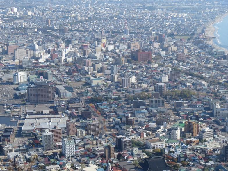 """防火帯として整備された函館市街の""""グリーンベルト"""""""