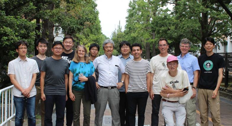 2018年、京都大学での周期ゼミワークショップに集まった日本・アメリカ・中国の研究者たち