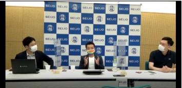左から竹﨑さん、杉山さん、岡田さん